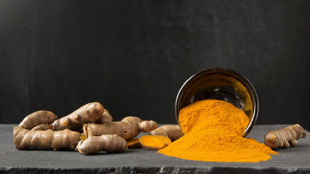 Surprising Side Effects Of Too Much Turmeric