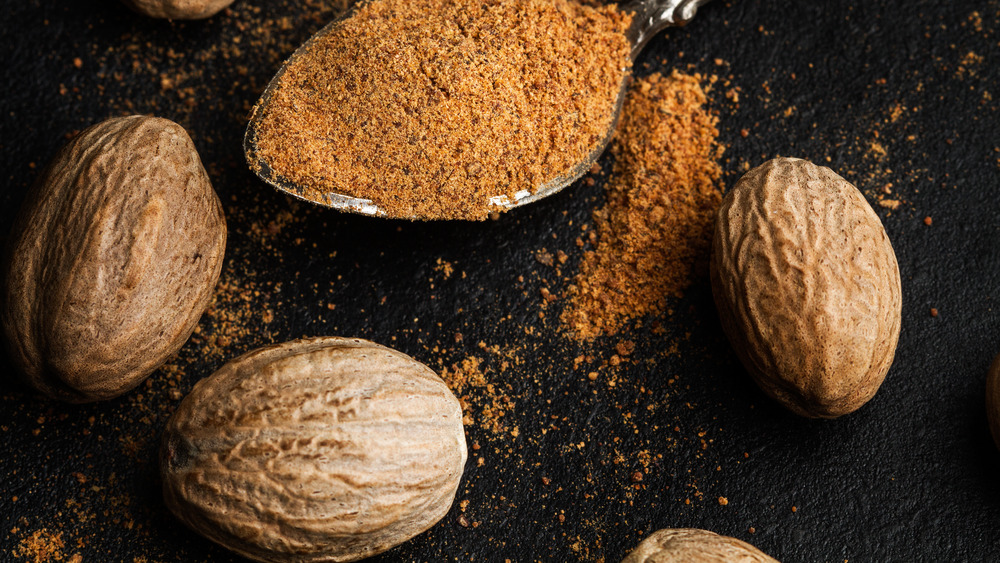 When You Eat Too Much Nutmeg, This Is What Happens