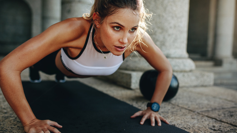 Why banded pushups are much more effective than regular pushups